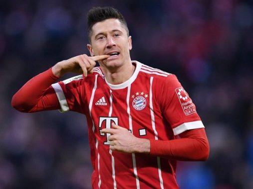 """Sếp lớn Bayern dằn mặt Lewandowski """"nhiều chuyện"""""""