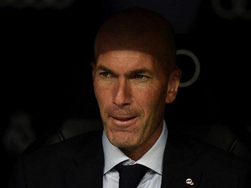 Zidane thấy phiền vì tin đồn về Mourinho