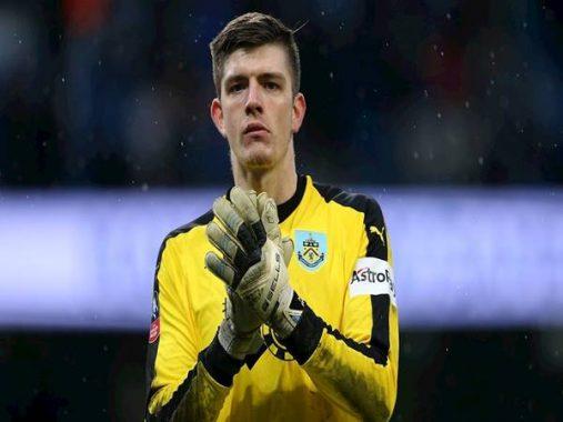 CLB Chelsea nhắm thủ thành Nick Pope thay thế vị trí Kepa