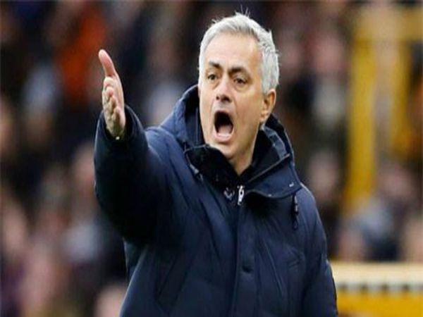 Tin thể thao 14/10: Harry Kane khiến Mourinho và Southgate xung đột