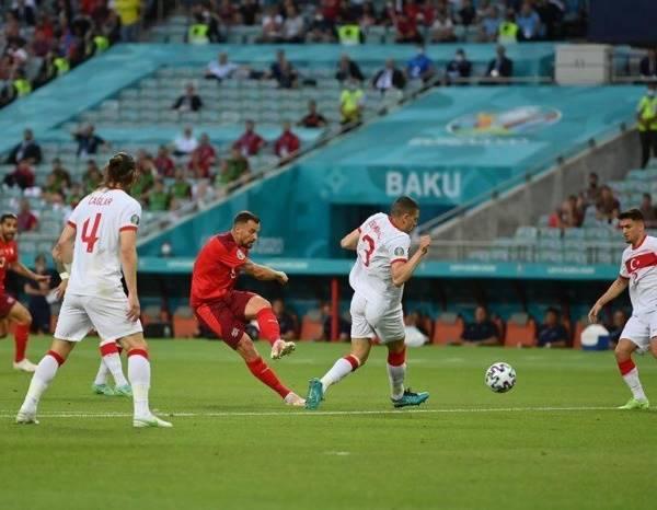 Tin bóng đá sáng 21/6: Xác định đội đầu tiên bị loại tại EURO 2020